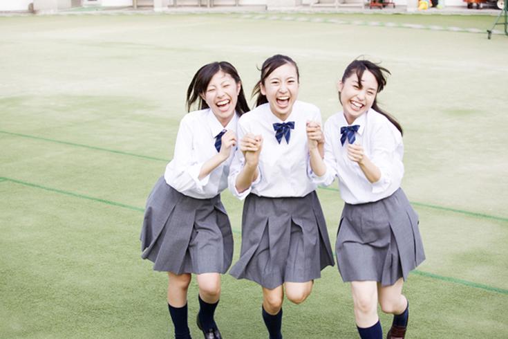 女子中学生
